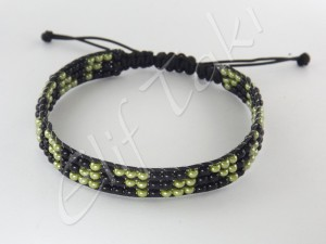 Kum Boncuk Örme Bileklik KMBL0016